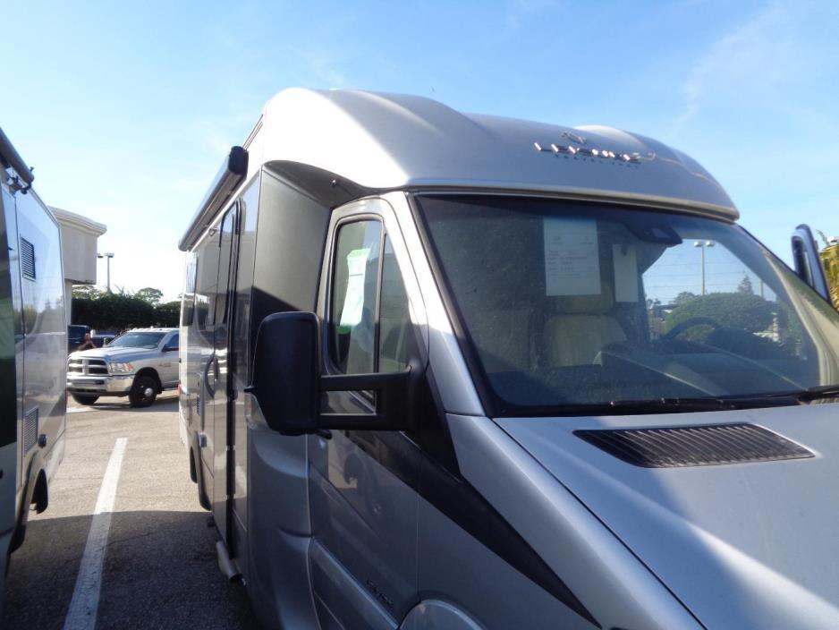 2017 Leisure Travel Vans Unity U24FX