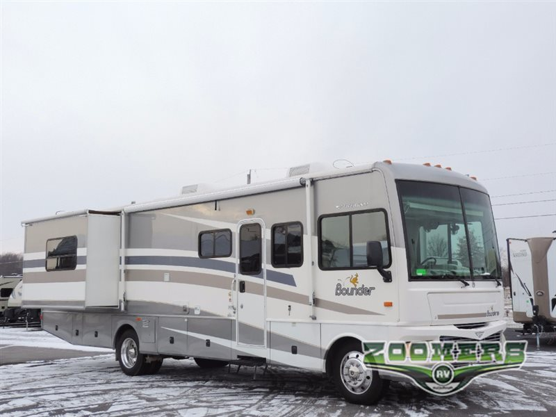 2006 Fleetwood Rv Bounder 35E