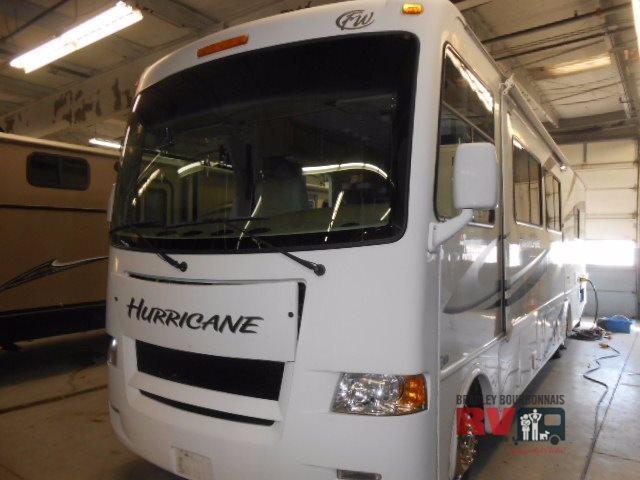 2010 Thor Motor Coach Hurricane 32A