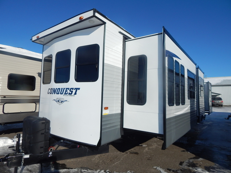 2017 Gulf Stream CONQUEST 40DEN