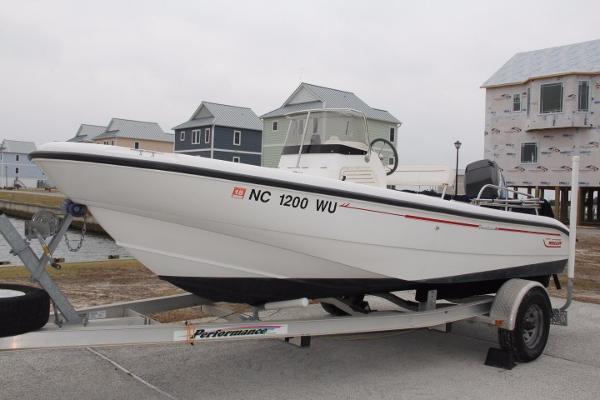 2000 Boston Whaler 18 Dauntless