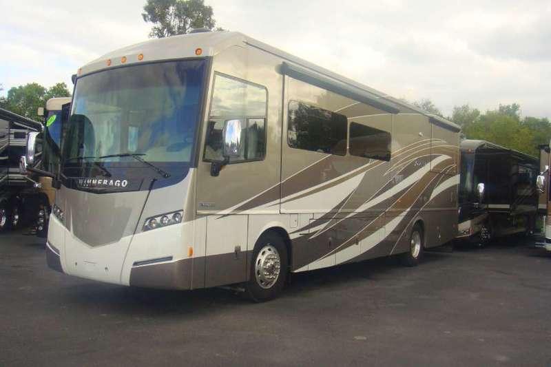 2015 Winnebago Journey 36M