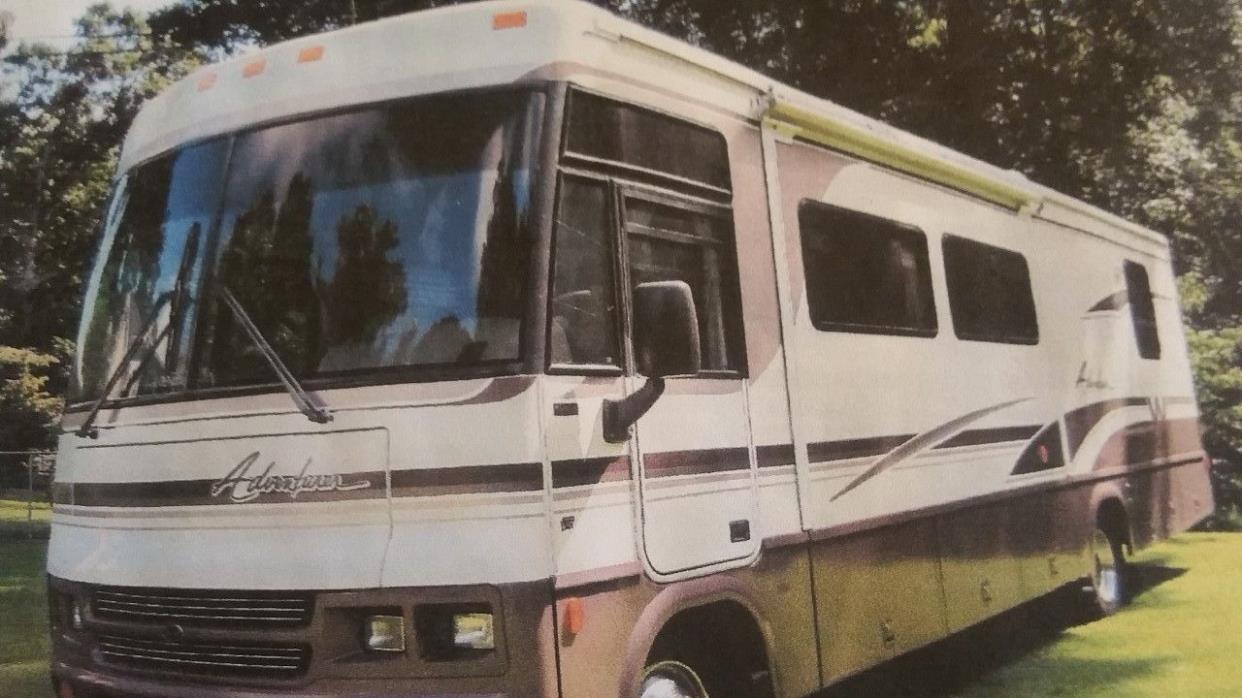 2000 Winnebago ADVENTURER 32V