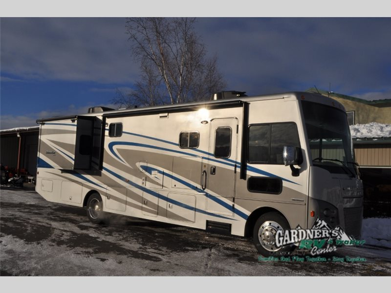 2017 Winnebago Sunstar LX 35F