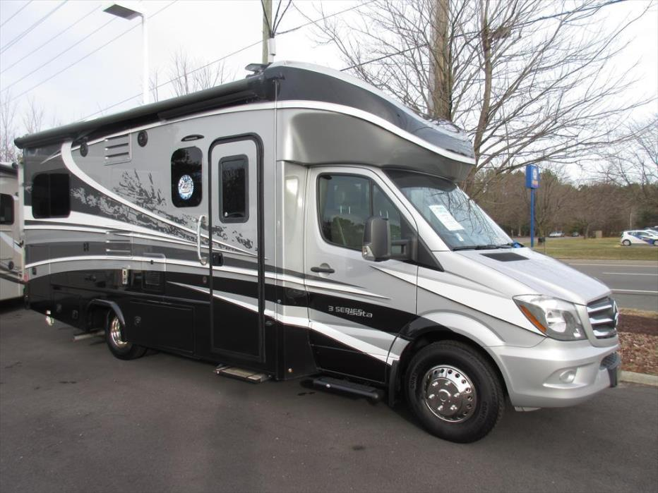 Dynamax rvs for sale in Virginia