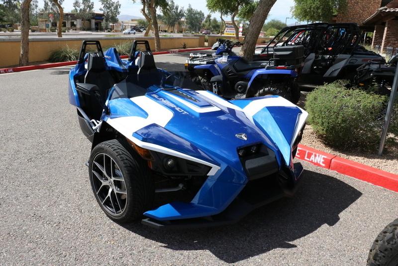 2016 Polaris Slingshot Reverse Trike SL LE Blue Fire
