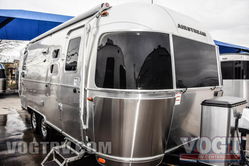 2017 Airstream Flying Cloud 23D
