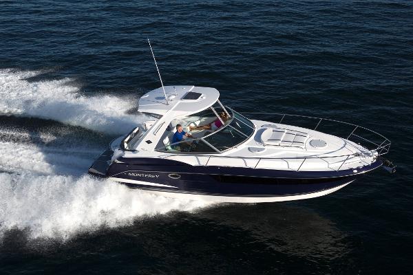 2017 Monterey 355 Sport Yacht New