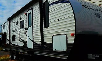 2017 Gulf Stream Amerilite 27ft Bunkhouse