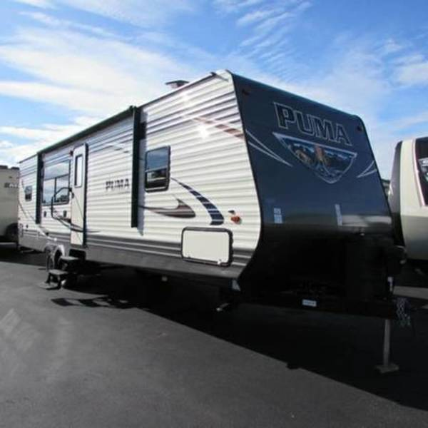 2017 Palomino Puma Travel Trailer 30RKSS