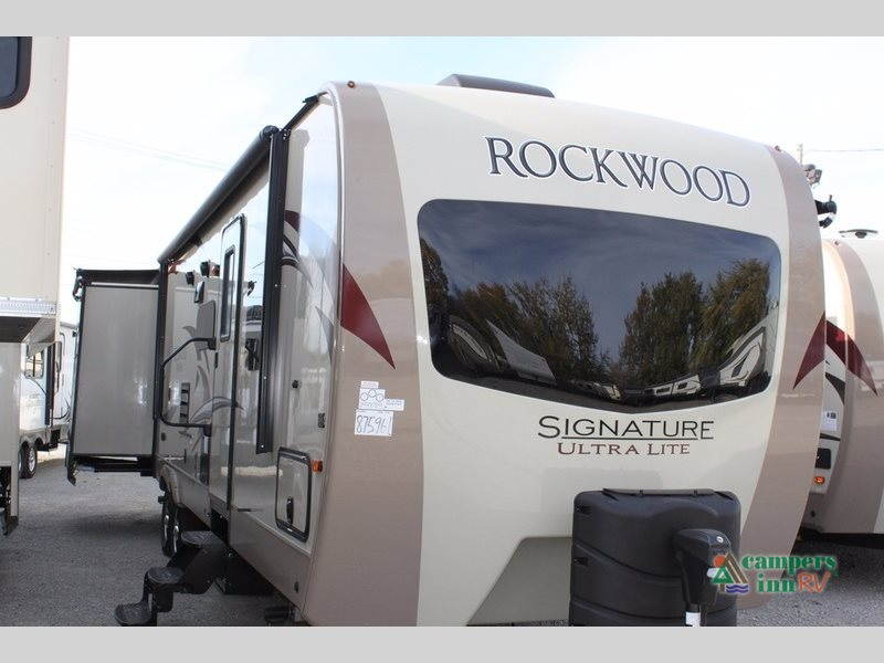 2017 Forest River Rv Rockwood Signature Ultra Lite 8326BHS
