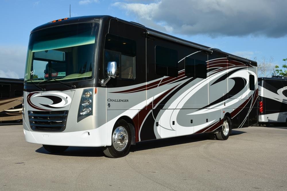 2016 Thor Motor Coach Challenger 37TB Bunkhouse