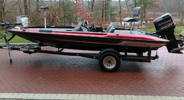 1989 Stratos Bass Boat 285 Pro - Photo Gallery