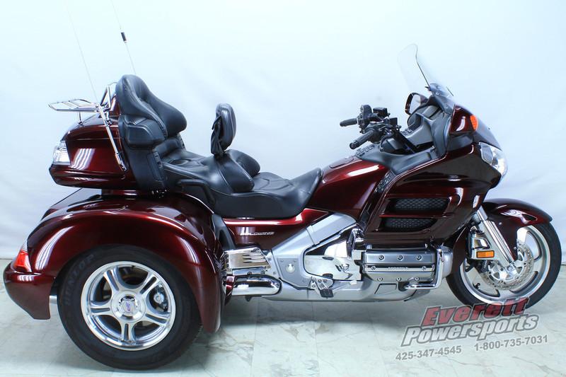 2007 Honda Gold Wing Trike Audio / Comfort / Navi