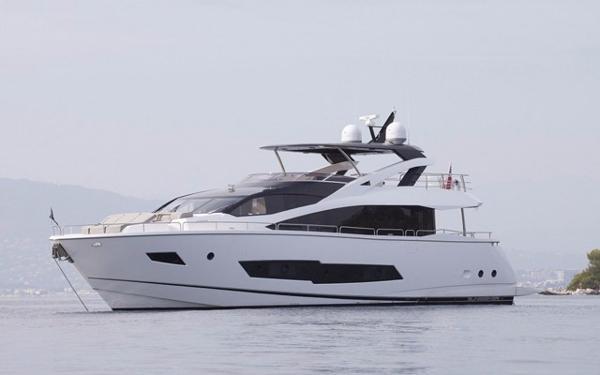 2015 Sunseeker 86 Motoryacht