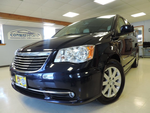 2013 Chrysler Town & Country 4dr Wagon Touring