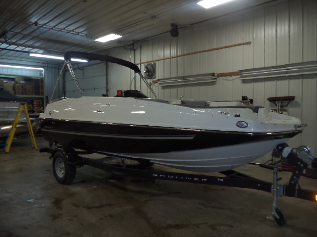 2017 Bayliner 195DB