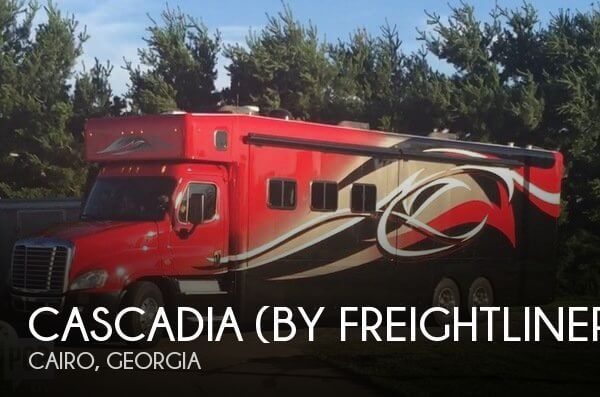 2015 Cascadia (by Freightliner) 45 Showhauler