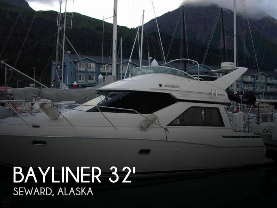 1995 Bayliner 3258 Avanti