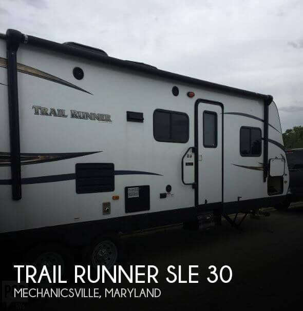 2015 Heartland Trail Runner SLE 30