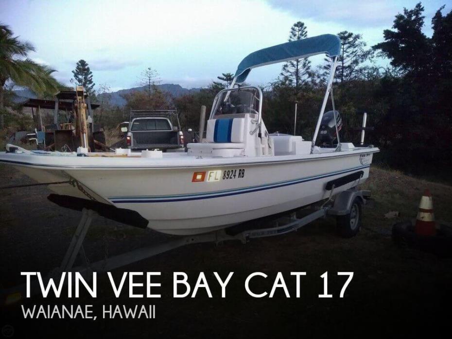 2016 Twin Vee Bay Cat 17
