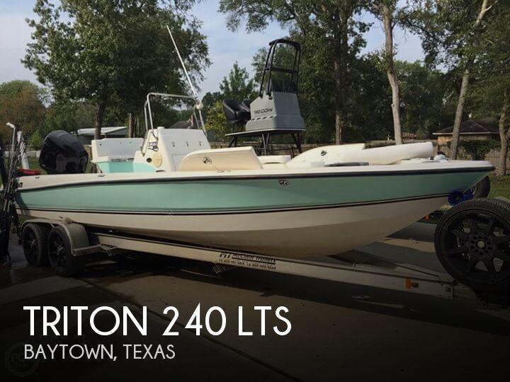 2006 Triton 240 LTS