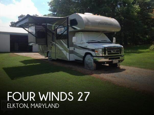 2015 Thor Motor Coach Four Winds 27
