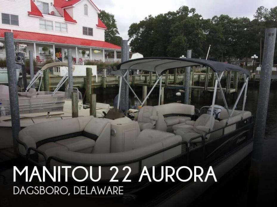 2015 Manitou 22 Aurora