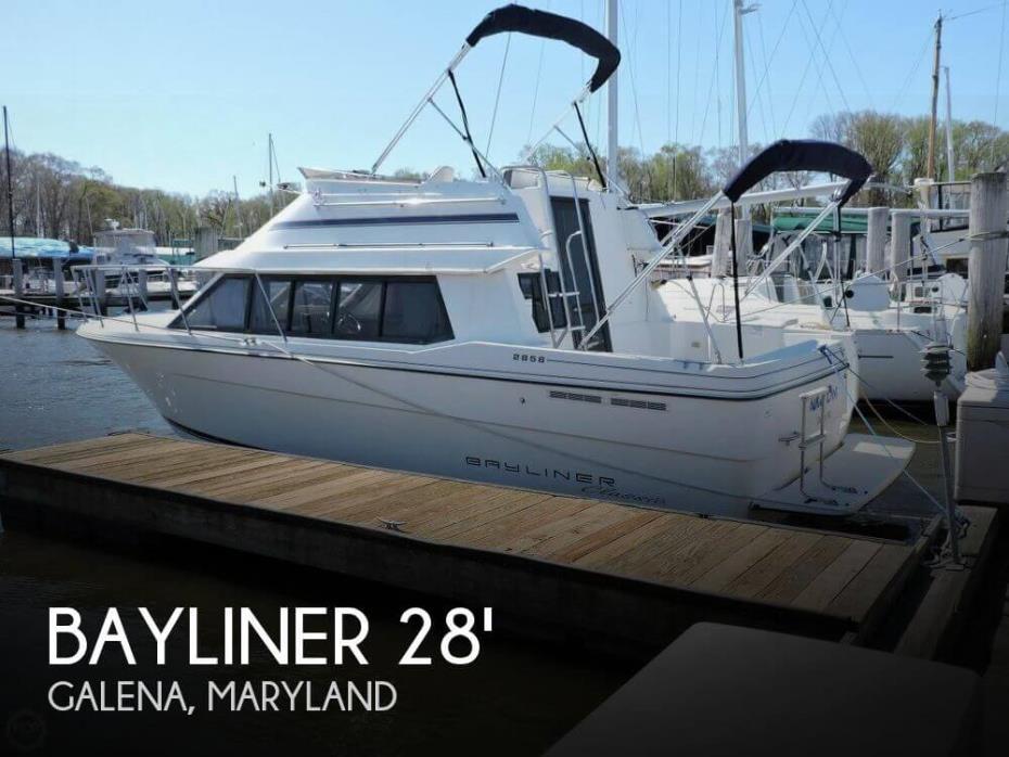 1995 Bayliner Classic 2858