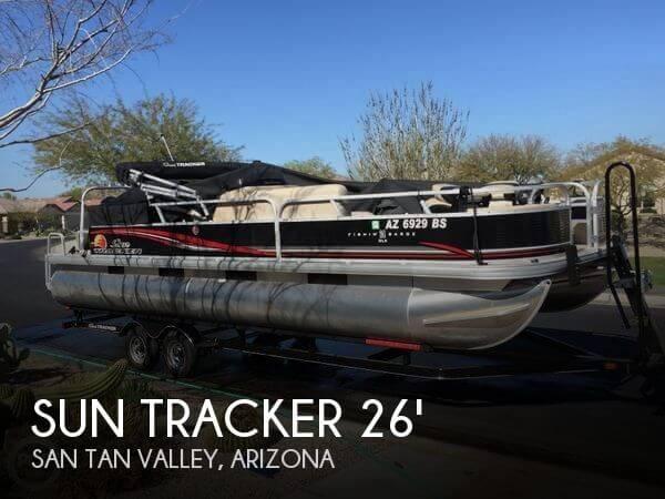 2013 Sun Tracker Fishin Barge 24 DLX