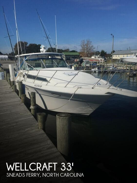 1996 Wellcraft 3300 Coastal