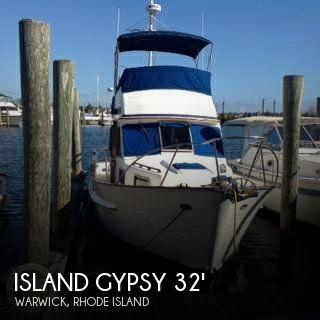 1990 Island Gypsy 32 Sedan