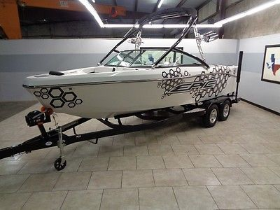 2014 Epic 21v Wakeboard Boat New Full Factory Warranty Tower Gps Ballast LEDs