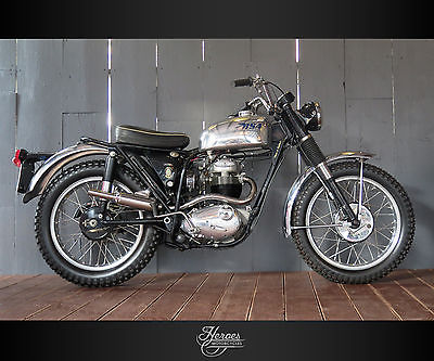 BSA : B40  1965 bsa enduro star b 40 e