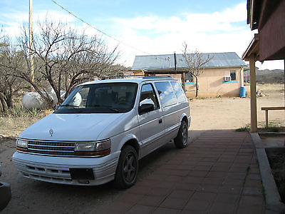 Plymouth : Voyager SE MINIVAN USED