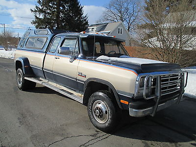 Dodge : Ram 3500 LE 1993 dodge d 350 dually extended cab 4 x 4 cummins turbo diesel
