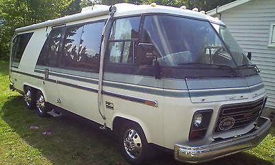 GMC Motorhome - Classic 1973 Coach! Alcoa wheels, new interior, ready to travel