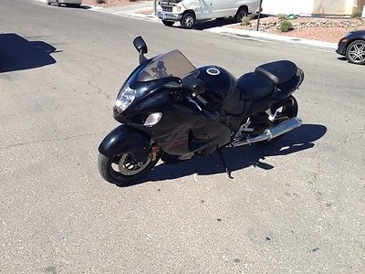 Suzuki : Hayabusa Stretched,Power Commanded, Integrated, newly replaced engine ready to roll.