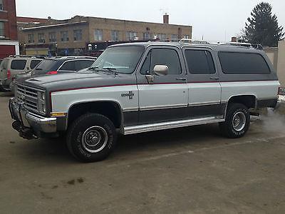 Chevrolet : Suburban 1500 1987 chevrolet suburban 81 k miles