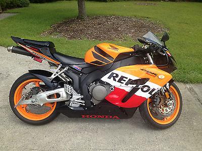 Honda : CBR 2005 honda cbr 1000 rr repsol edition