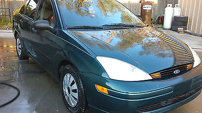 Ford : Focus SE CLEAN TITLE EXCELLENT CONDITIONS