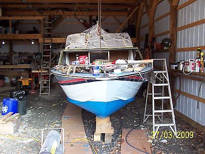 22' Sylvan deep V hull fishing boat