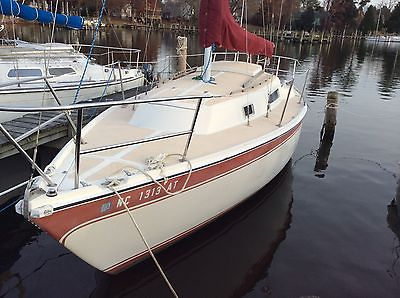 CAL 25 SAILBOAT SLOOP RIG DIESEL ENGINE PRICED to SELL IN WATER OCEAN ACCESS
