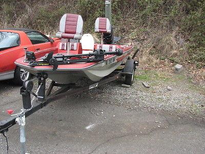 Procraft fishing boat Bass 1984 50hp Mercury outboard Minn Kota trollingTrailer