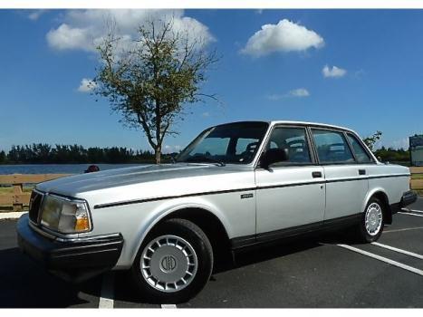 Volvo : 240 240 91 volvo 240 low 76 k miles warranty heated seats power windows