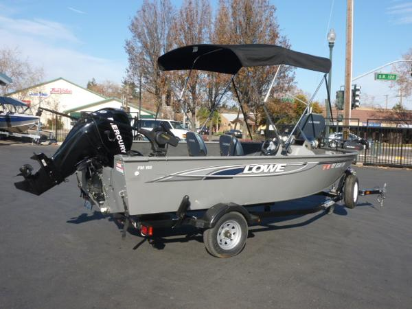 2011 Lowe Fishing Machine 165