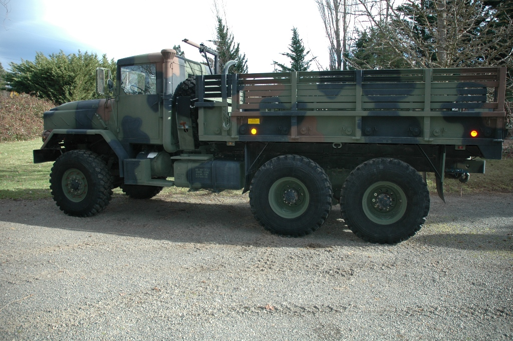 1985 Am General M923