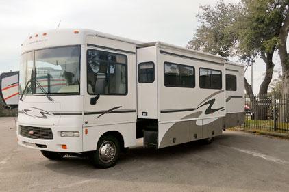 2012 Winnebago Journey 34Y