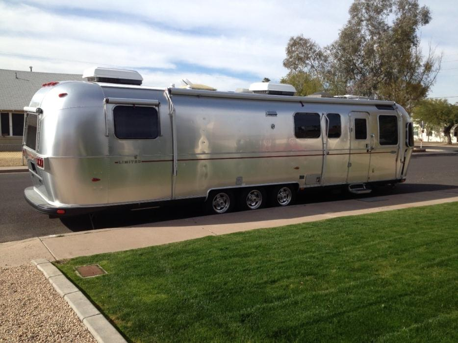 2005 Airstream Classic Limited 34