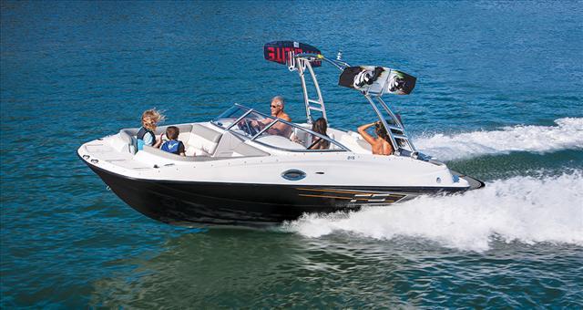 2016 Bayliner Deck boat 215